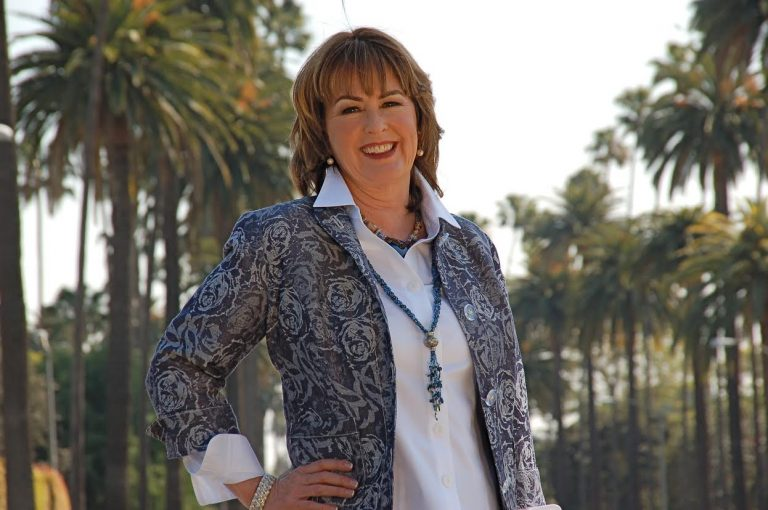 GUEST BLOG: Cheryl Holt On Her FOREVER Series!