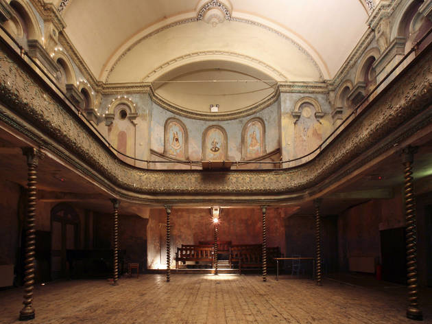 Wilton's Music Hall, interior